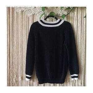 Forever 21 Sweaters - Forever 21 Preppy Style Black White Stripe Sweater